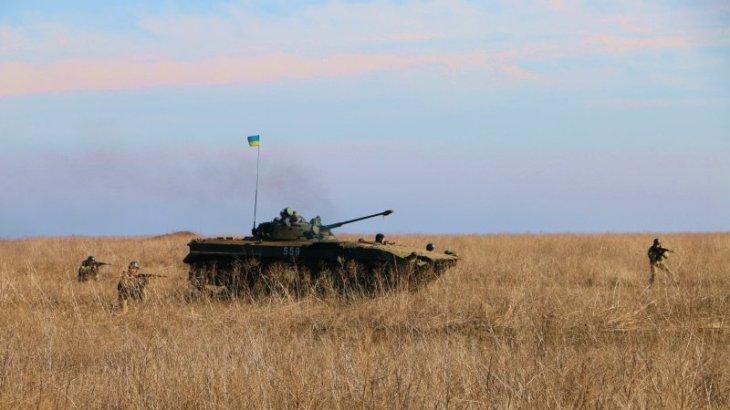 Новости Новороссии: ВСУ обстреляли район Сокольников в ЛНР, в Донецке открылся зал памяти героев