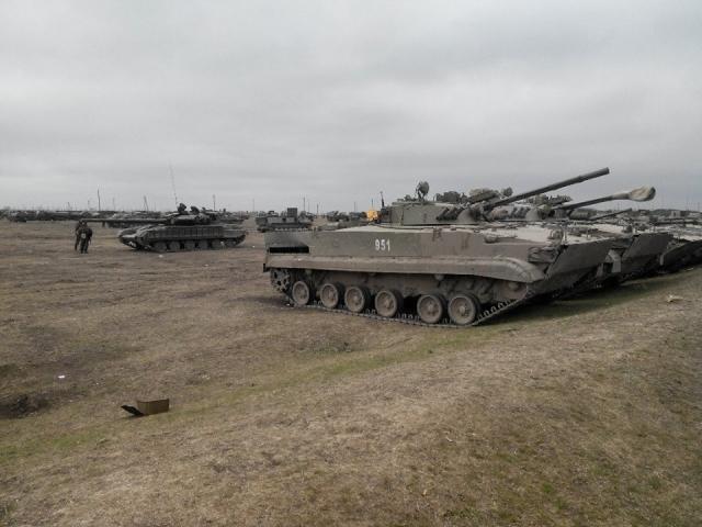 ЛНР: ВСУ используют мирных жителей в качестве живого щита